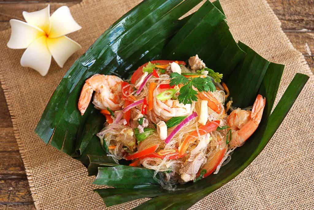 Disfruta de la ensalada de Fideos Tailandesa | Actualidad y